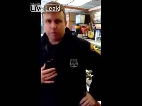 Open Carry Citizen Roasts Police Violating His Rights!!!!!! #KnowYourRights