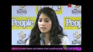 sridevis daughter jhanvi kapoor to enter bollywood