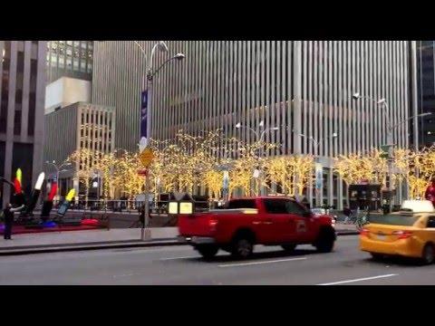 Festive Avenue of the Americas, Midtown, New York (12-4-15)