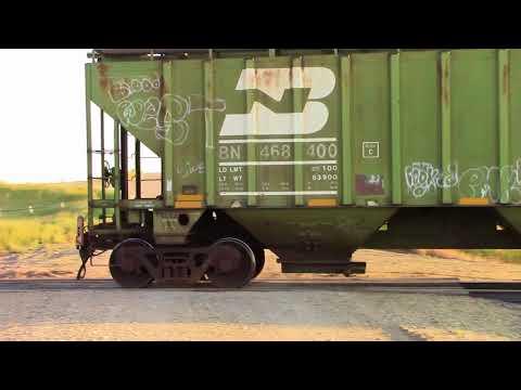 Westbound BNSF freight in North Dakota