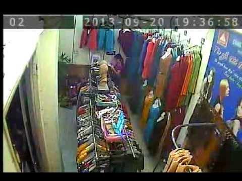 Clip lấy trộm váy tại cửa hàng thời trang công sở 73 Đường Láng