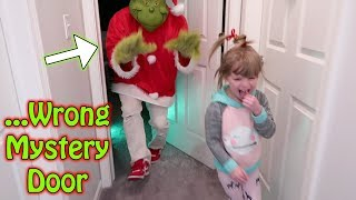 Don't Choose The Wrong MYSTERY DOOR! The GRINCH EDITION! L.O.L. Surprise, Board Games & Wrapples