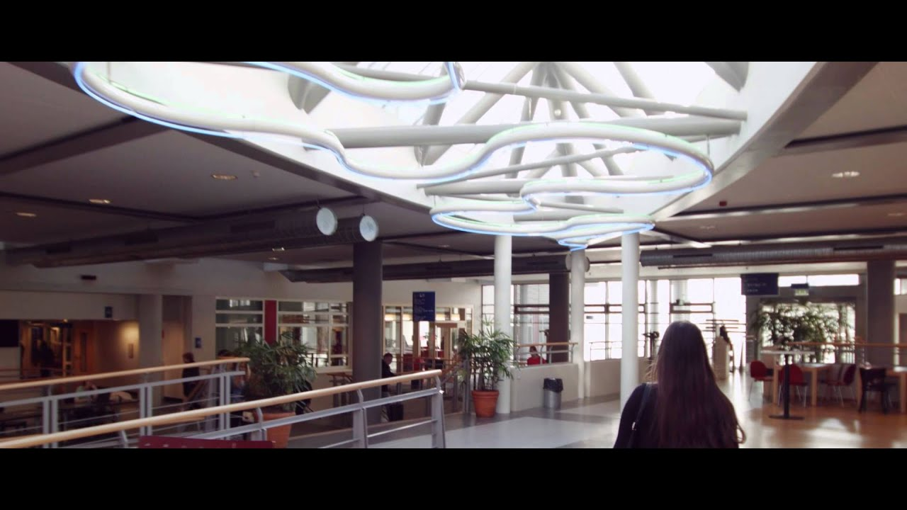 Faculty of Psychology and Neuroscience - campus tour - YouTube