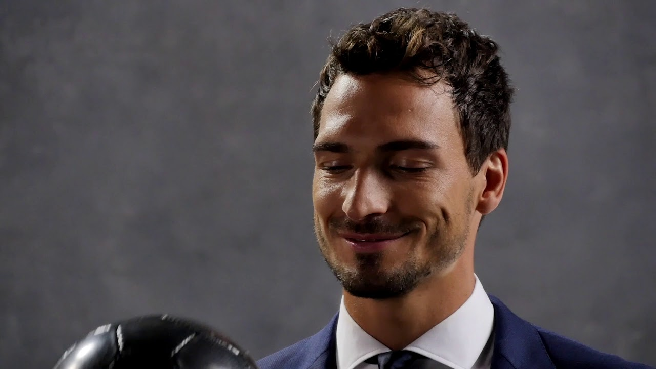 787844b2a BOSS Stretch Tailoring with Mats Hummels: behind the scenes - YouTube