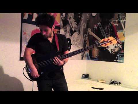 Bassicsgear 1976 Rickenbacker 3001 Bass Demo