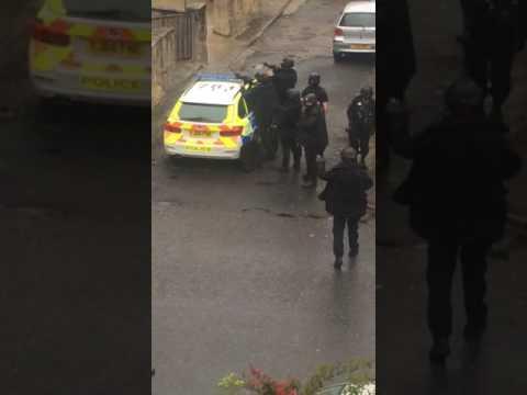Police on Oak lane Bradford 29.05.17