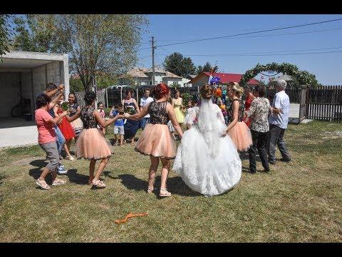 02 Traditii de nunta acasa la mireasa '17 08