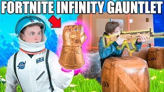 FORTNITE BOX FORT BATTLE IRL!! 📦⛏ Thanos Infinity Gauntlet