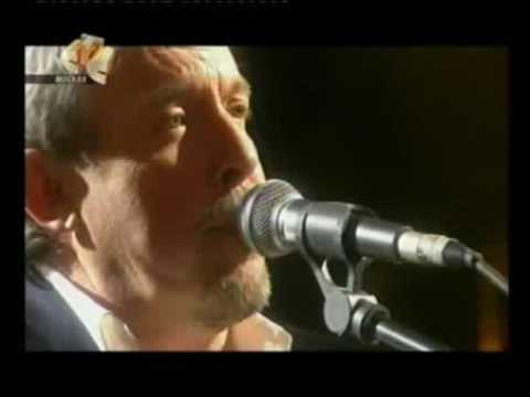 Песня Андрей Макаревич - Я снова жду осенних холодов... в mp3 320kbps