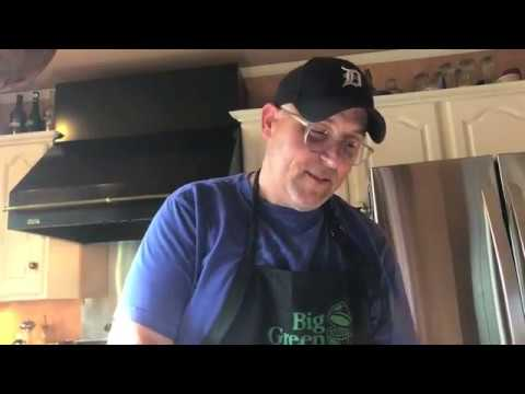 Born to Egg Pizza: Step-by-Step Tutorial on the Big Green Egg