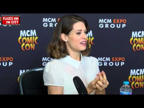 Lyndsy Fonseca Interview - Nikita, How I Met Your Mother, Moments of Clarity & The Escort