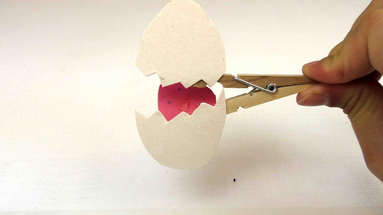 bastelnidee vogel im ei mit w scheklammer ganz. Black Bedroom Furniture Sets. Home Design Ideas