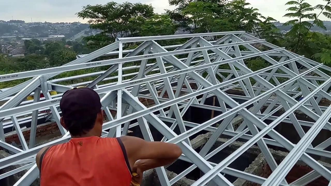 Pemasangan Rangka Atap Baja Ringan Limasan Sampangan Semarang