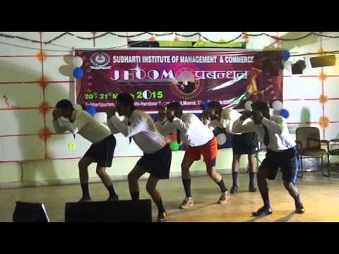 Subharti funny dance