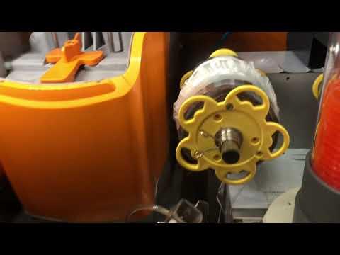 Golden Orange 🍊 automatic fresh juice dispenser Singapore