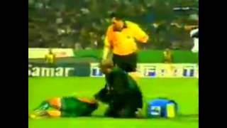 Funny Accident Doctor Football LOL!!