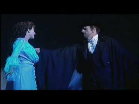 "Colm Wilkinson & Lisa Vroman - ""The Phantom of the Opera"" (Hey, Mr. Producer)"