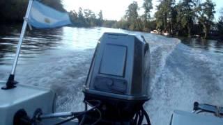 Suzuki 65 HP en casco Regnicoli Fishing 4.65 UN CAÑO
