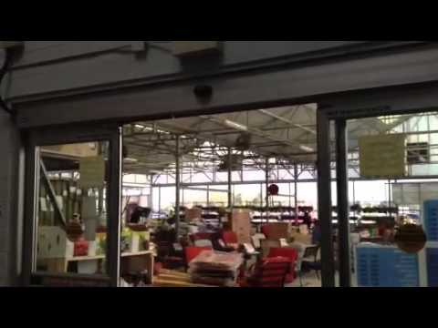 & Automatic door at wallmart - YouTube Pezcame.Com