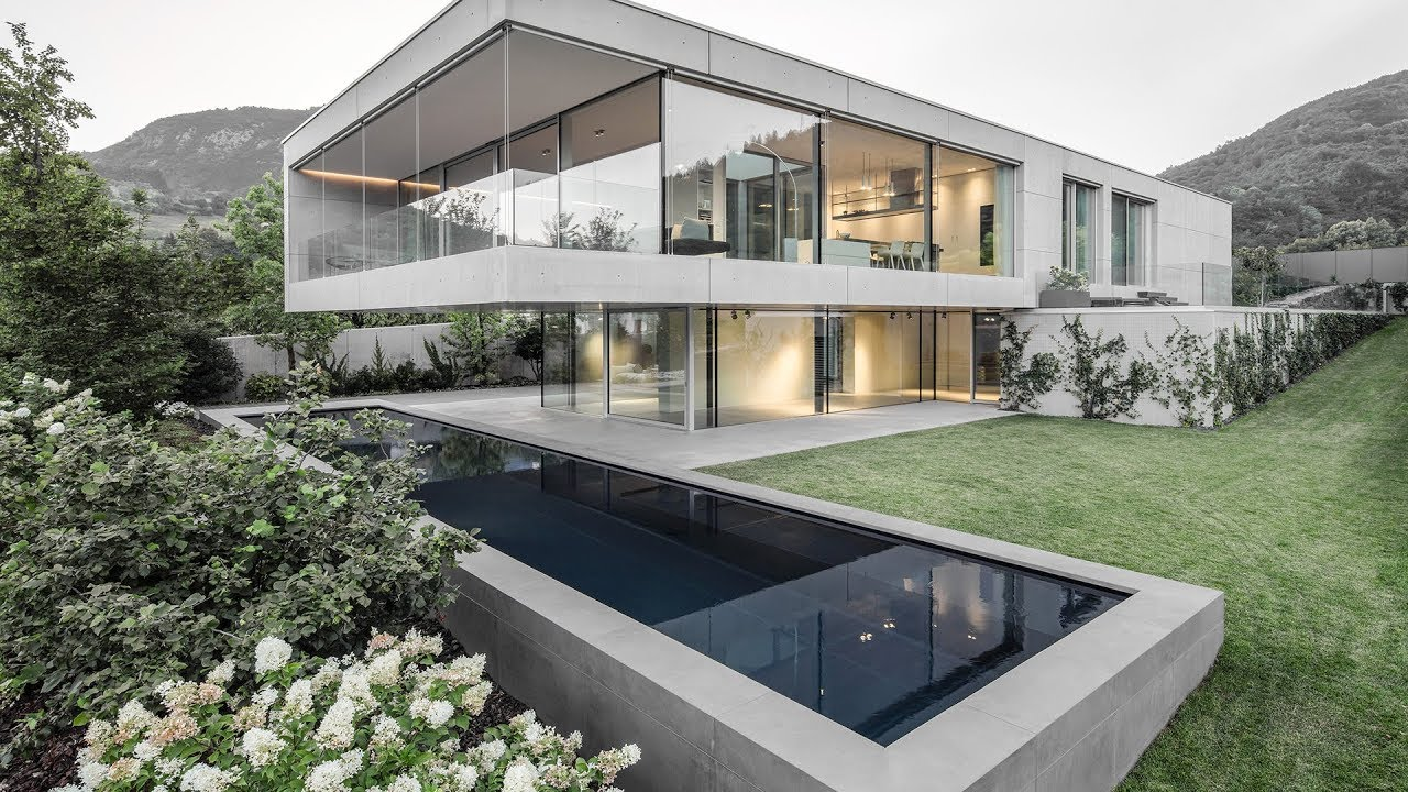 Luxury Modern Concrete House In To