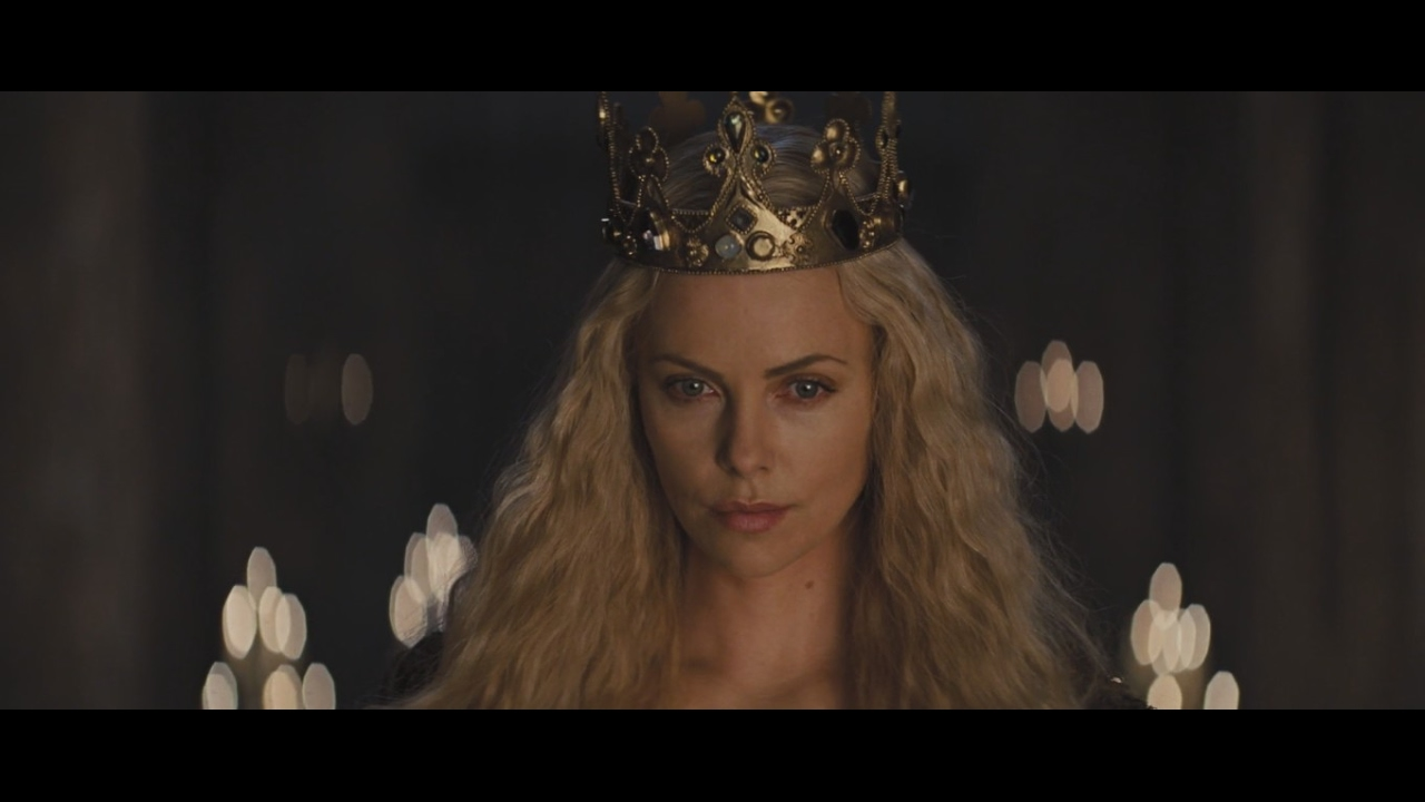 e4ad253a17f Snow White and the Huntsman - Who's Fairest Of Them All - YouTube