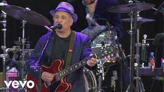 Paul Simon - Slip Slidin' Away (from The Concert in Hyde Park)