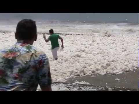 Foam Day at Alexandra Headland with Simon Dane and Charlotte