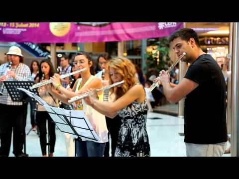 TED Senfoni Orkestrası @Cepa AVM - Flashmob