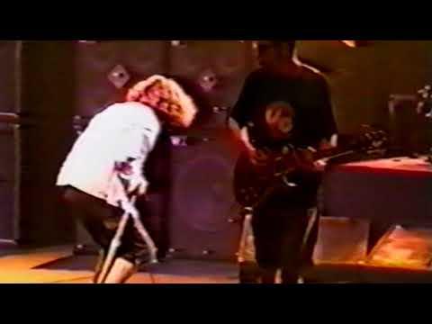 Pearl Jam - SJSU Event Center, San Jose, 10.30.1993