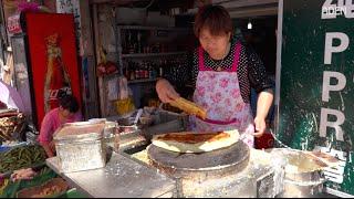 Street Food in China - Shanghai