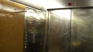 MacGREGOR Navire Traction elevator/lift 9 (Retake), Cruiseferry M/S Silja Symphony