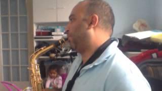 Aprendendo a tocar sax alto