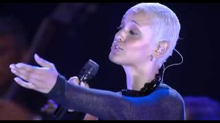 Watch Mariza Chuva video