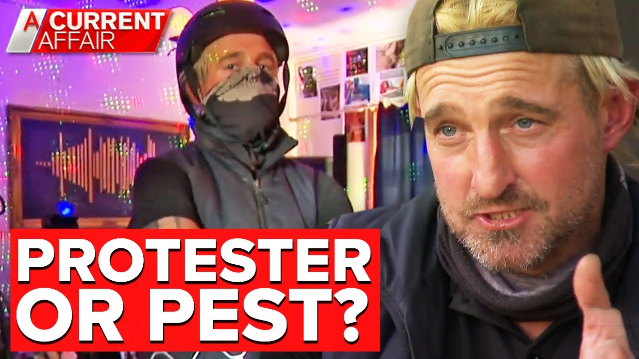 One-man-army vowing to defend anti-lockdown protesters | A Current Affair