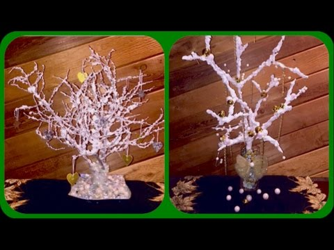 Como hacer un arbolito de Navidad con nieve artificial / How to make a Christmas tree with fake snow