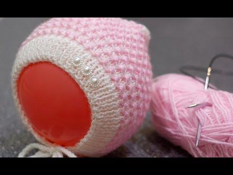 Вязание спицами чепчика для новорожденных с описанием и схемами видео уроки