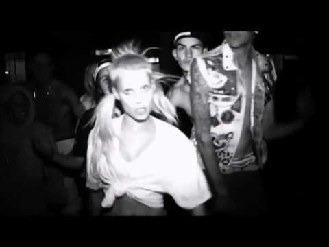 Die Antwoord - [20 Minutes] Diz Iz Why I'm Hot (ZE