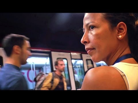 Pickpocket Huntress of Barcelona's Subways