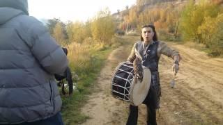 Сова Боня на съемках музыкального клипа