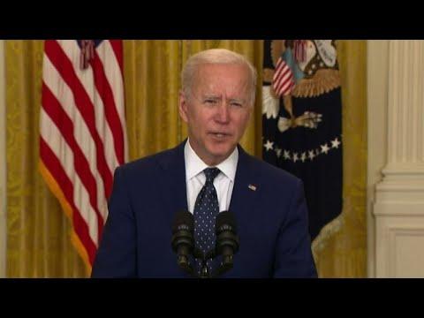 Biden a Putin: stop escalation ma no interferenze in democrazia