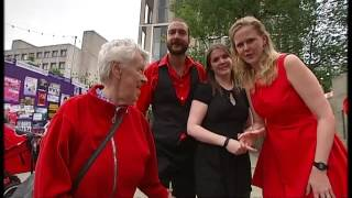 Singing in the streets: The Showstoppers take on Edinburgh