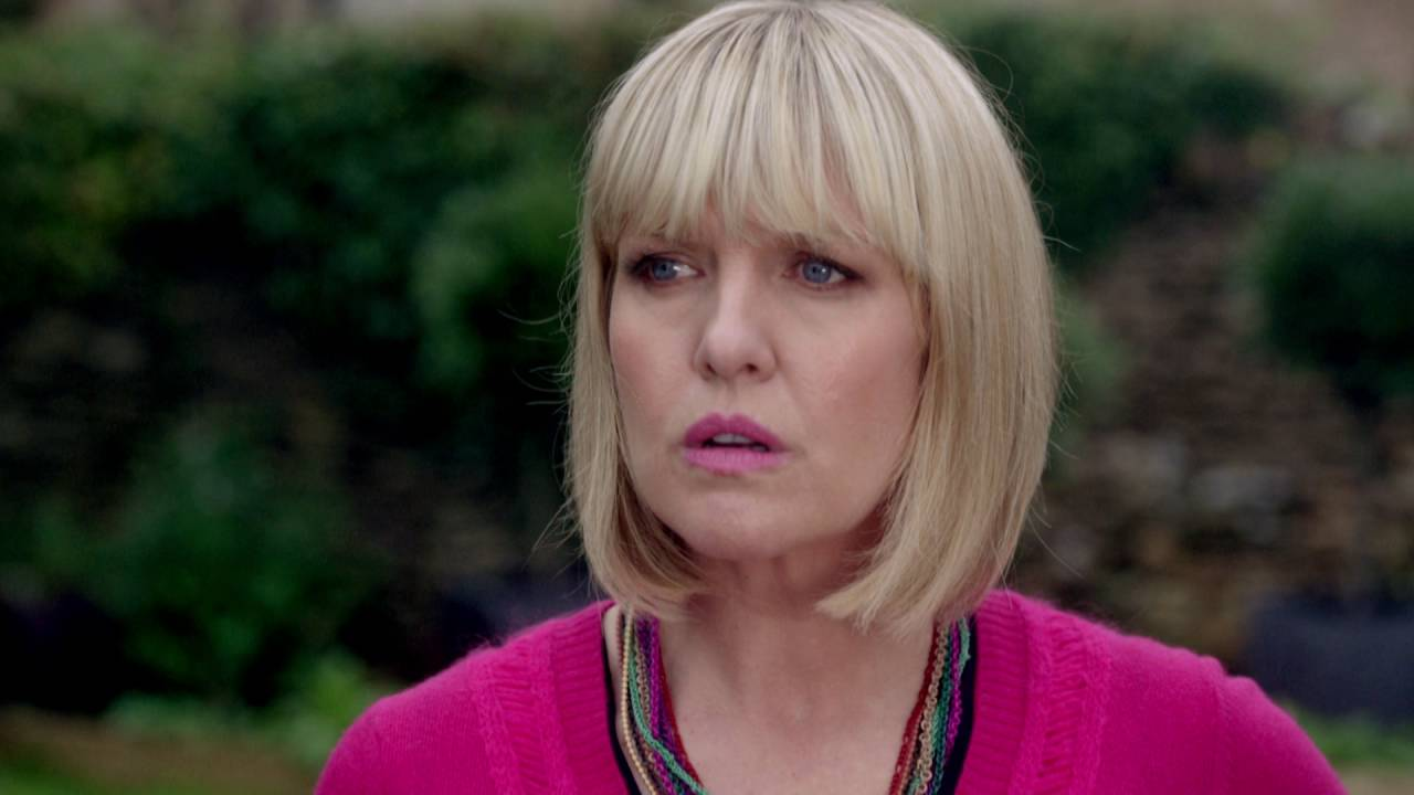 Agatha Raisin Trailer - YouTube