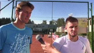 Petr Hájek a Marek Jaloviec po výhře v 1. kole čtyřhry na turnaji Futures v Ústí n. O.