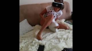 Самая жесткая реакция на очки виртуальной реальности [+18]