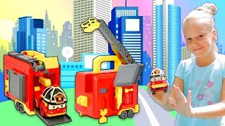 Рой Кейс від Полиробокар - огляд іграшок з Ренатою