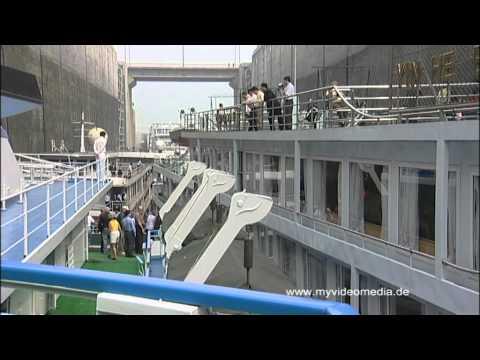 Passage des Drei Schluchten Damm - Hubei, China Travel Channel