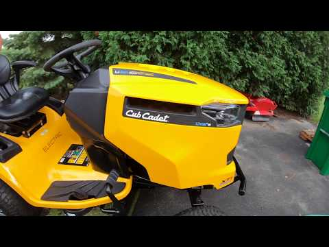 Electric Lawn Tractor - Cub Cadet