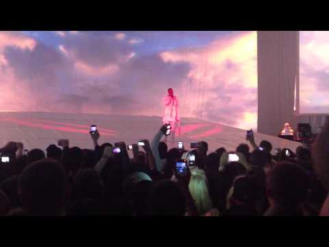 Kanye West Rant + All Falls Down Performance Live Hammersmith Apollo 23/02/13