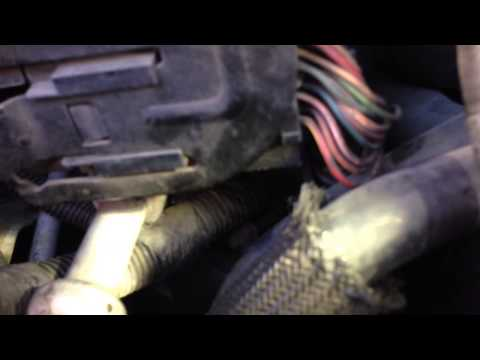 Ford expedition won't start or it turns off - YouTube