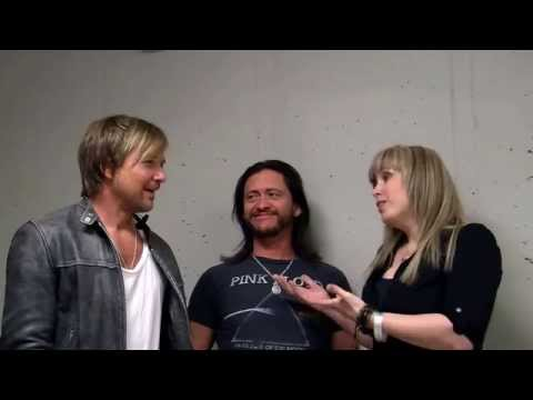 Sean Patrick Flanery & Clifton Collin Jr talking with Two Wheel Thunder TV